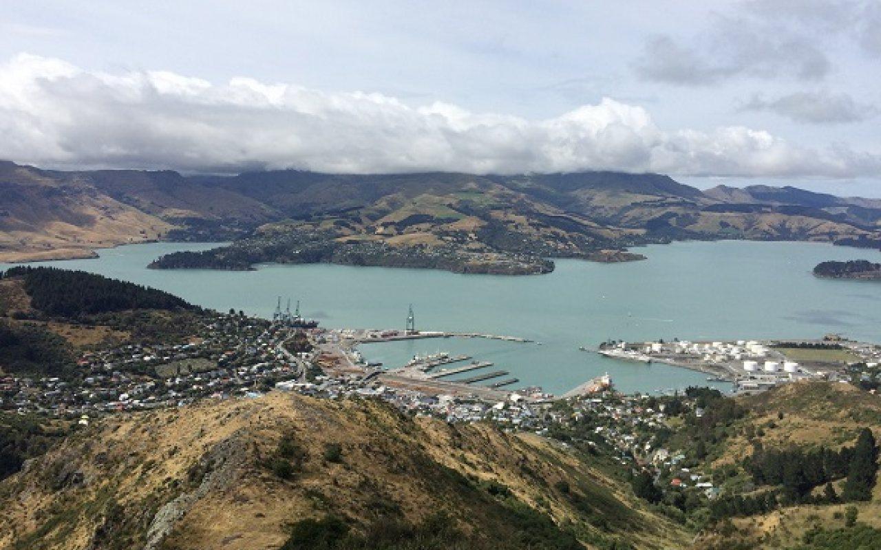 NZ_Port_1-Stop_Main_1280_800_84_s_c1
