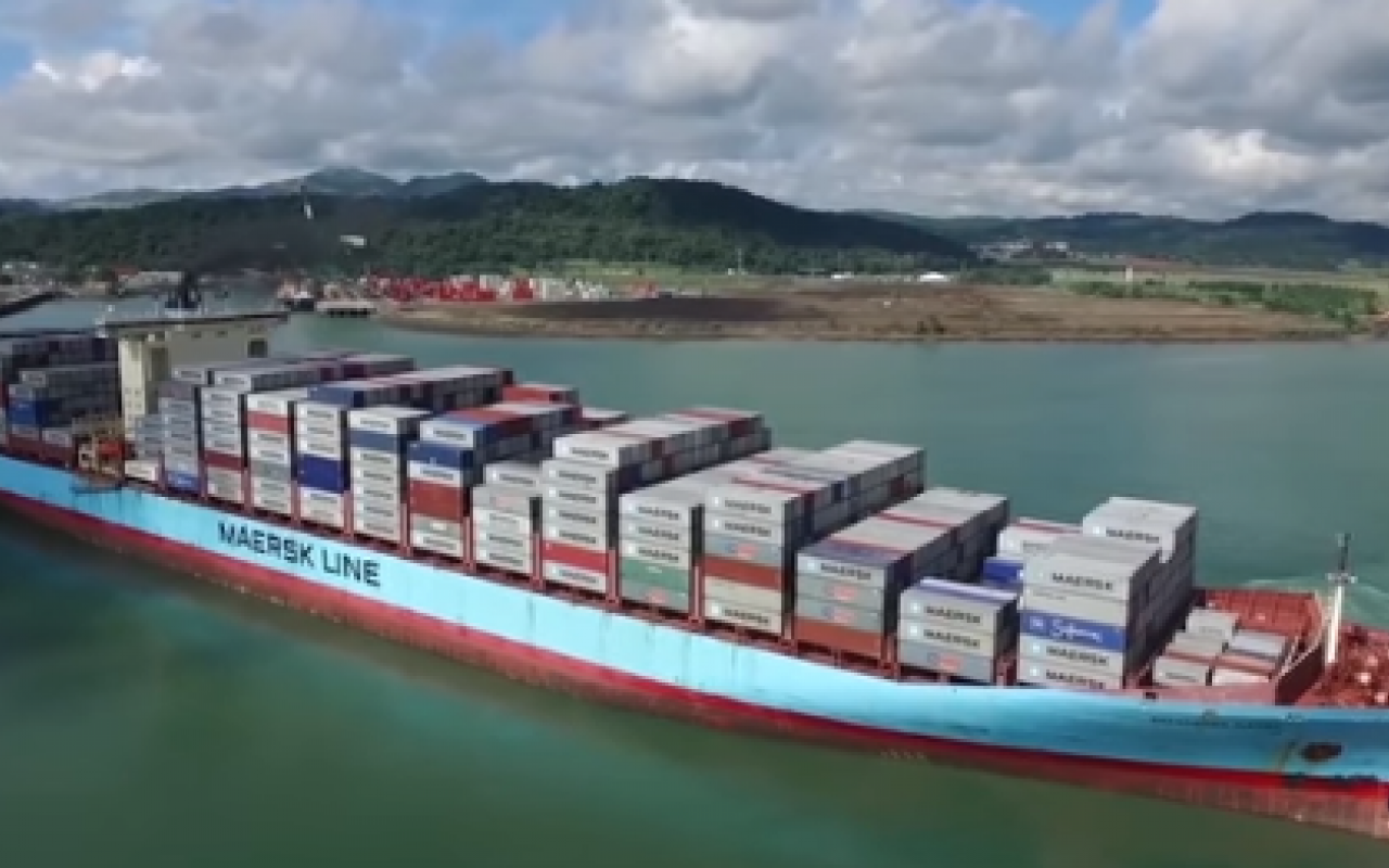 panama_canal_diverting_containers_eastward_1280_800_s_c1