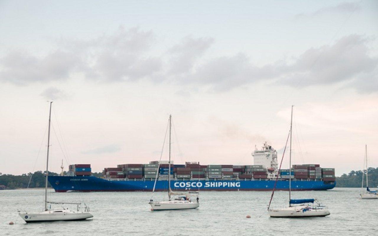 COSCO_acquires_OOCL_1280_800_84_s_c1