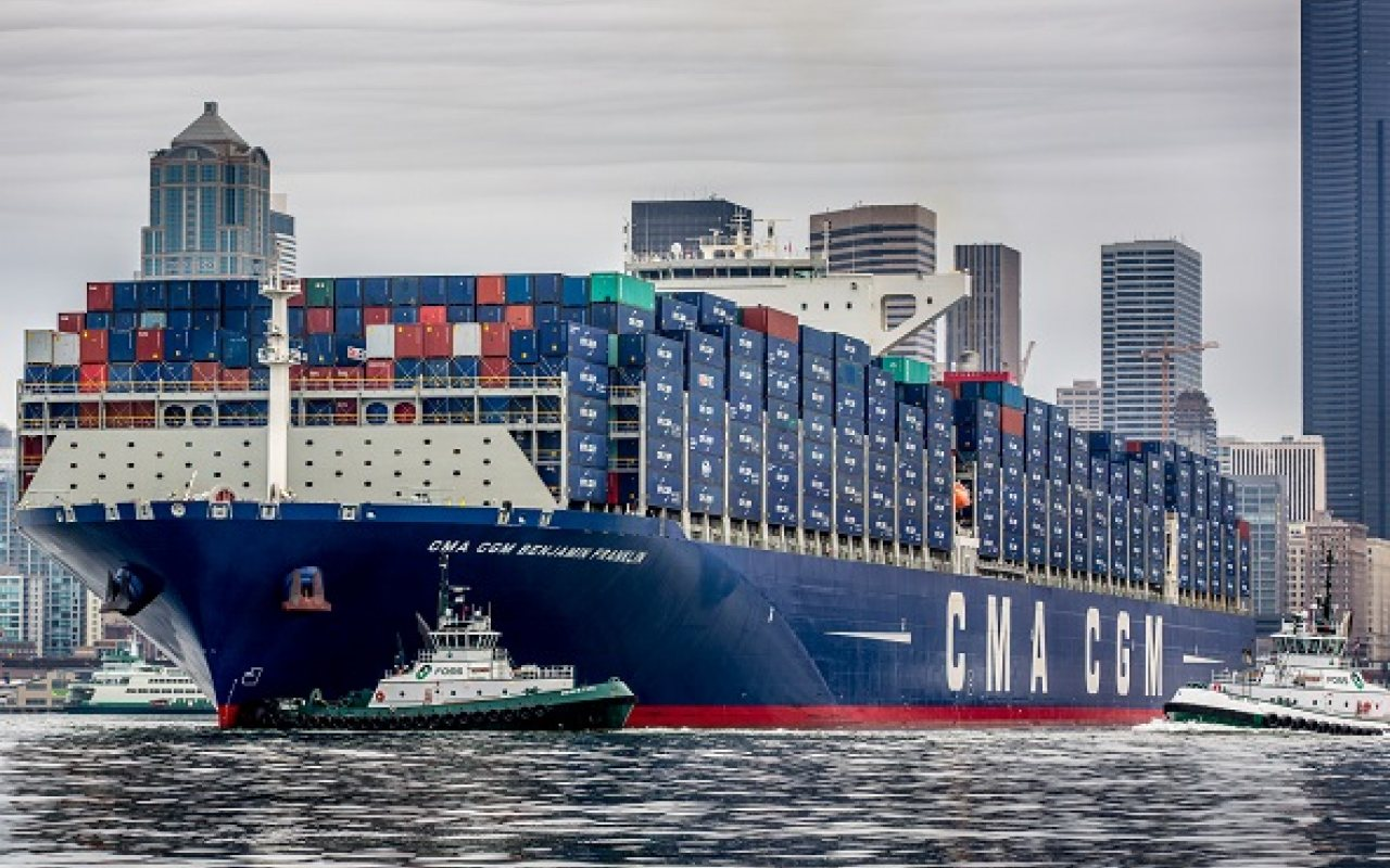 Seattle_terminal_welcomes_largest_ship_1280_800_84_s_c1