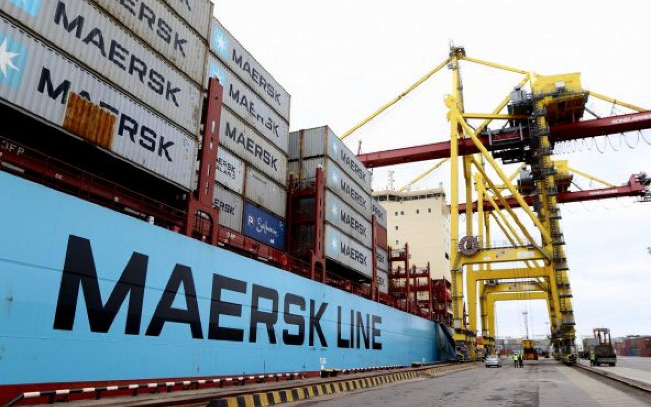 Vistula_Maersk_2_592_395_84_1280_800_84_s_c1