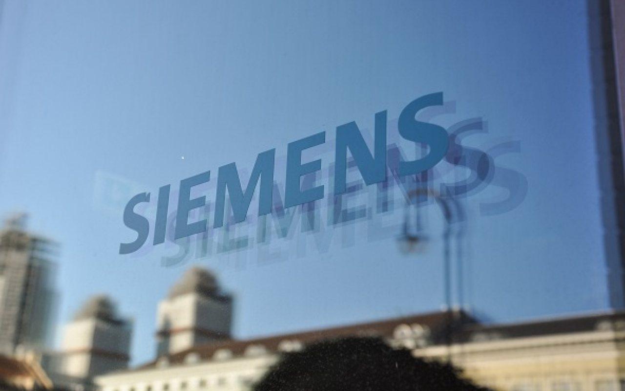 Siemens_1280_800_84_s_c1