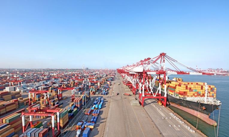 China Qingdao port container terminal