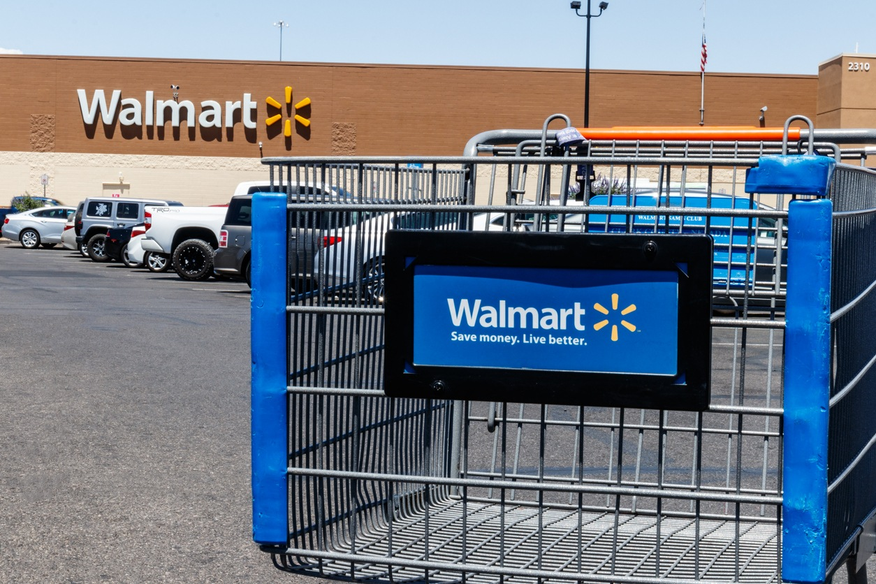 Las Vegas - Circa June 2019: Walmart Retail Location. Walmart is boosting its internet and ecommerce presence to keep up with competitors V
