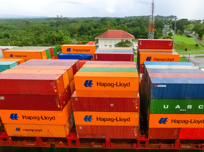 Hapag-Lloyd expects higher earnings in Q3