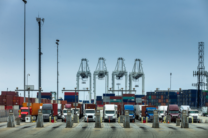 Port of Long Beach breaks monthly and quarterly record
