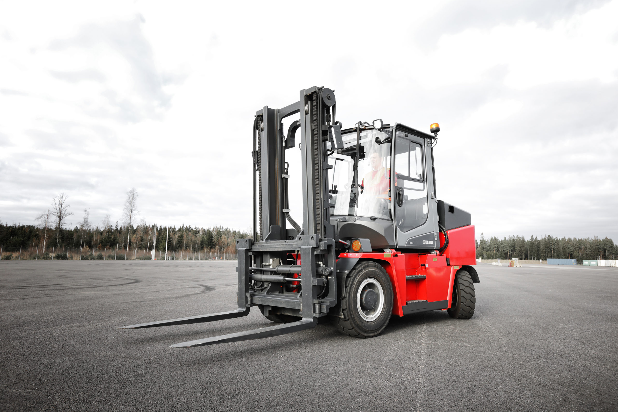 Kalmar to supply electric forklift trucks to Sagres