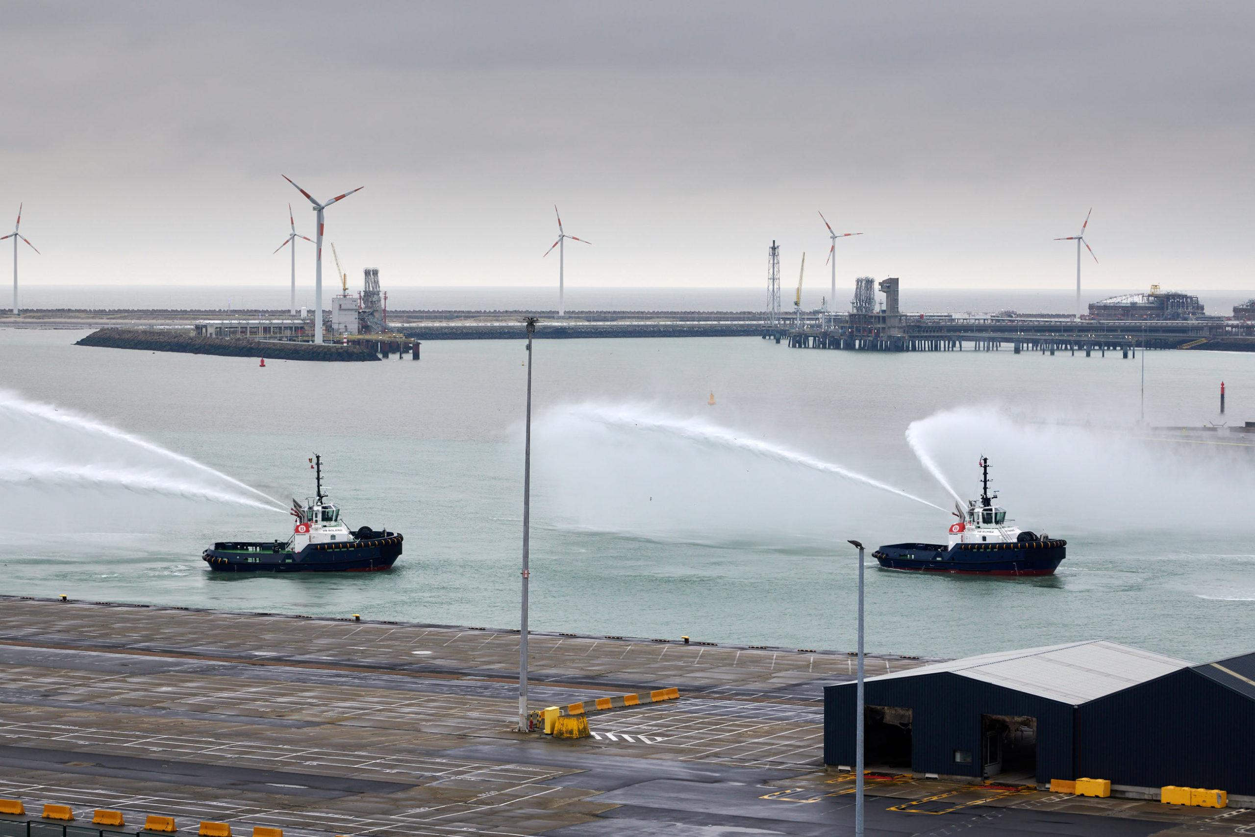 Damen delivers two new tugboats to Zeebrugge