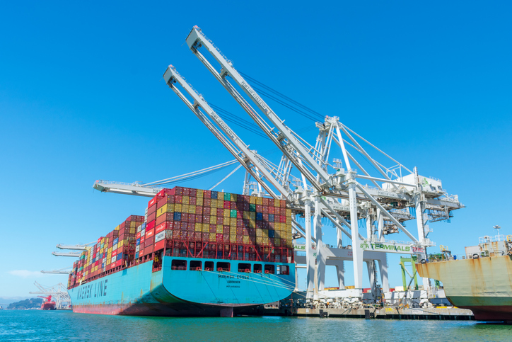 Port of Oakland launches refinancing strategy