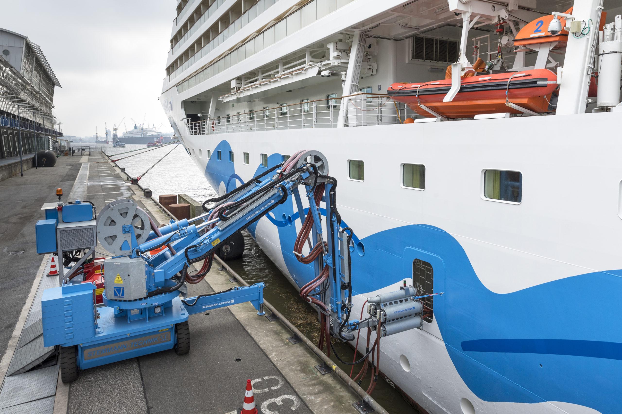 Shore power in Hamburg