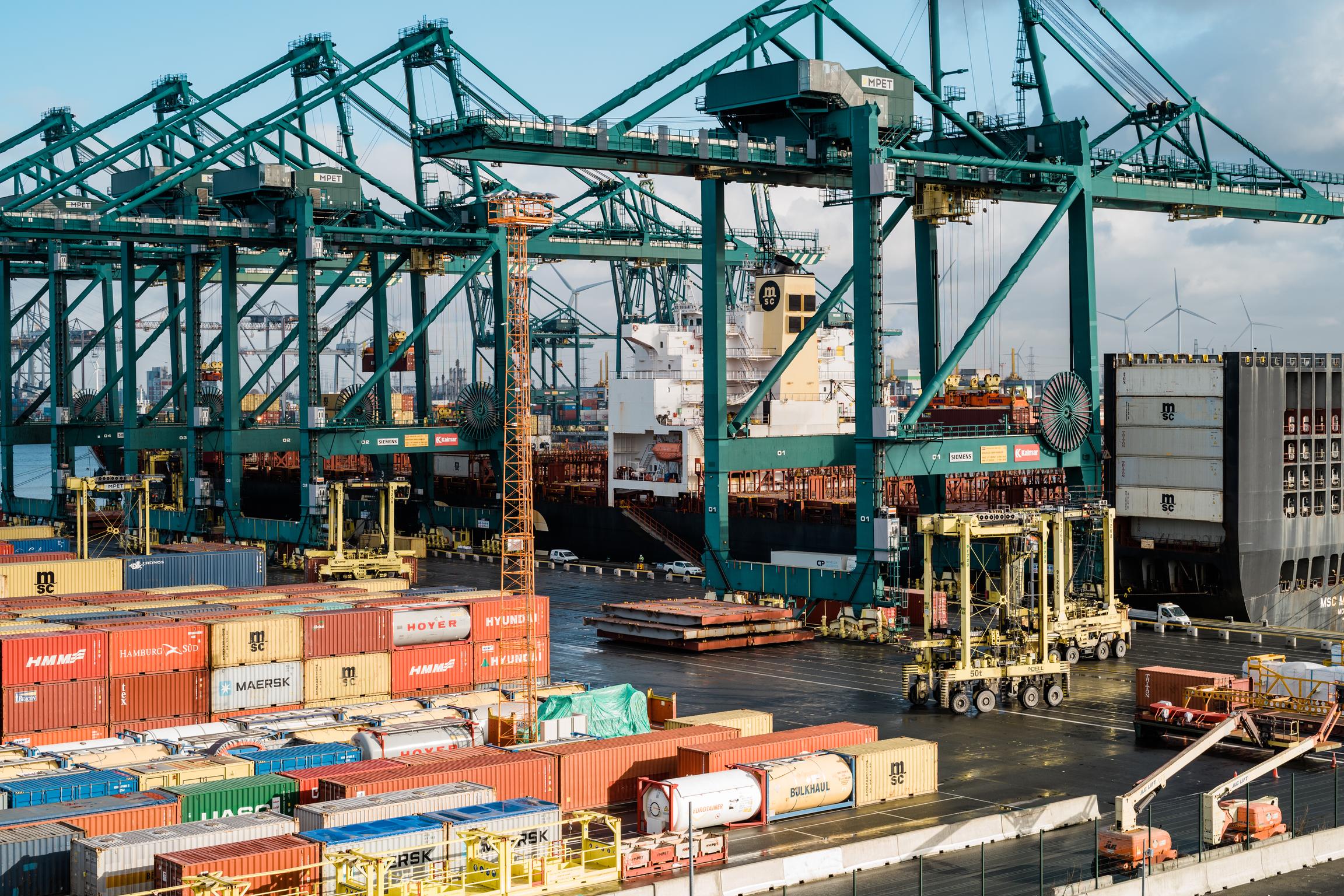 Port of Antwerp container handling