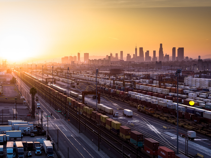 US Congress called to act as West Coast TEU traffic skyrockets