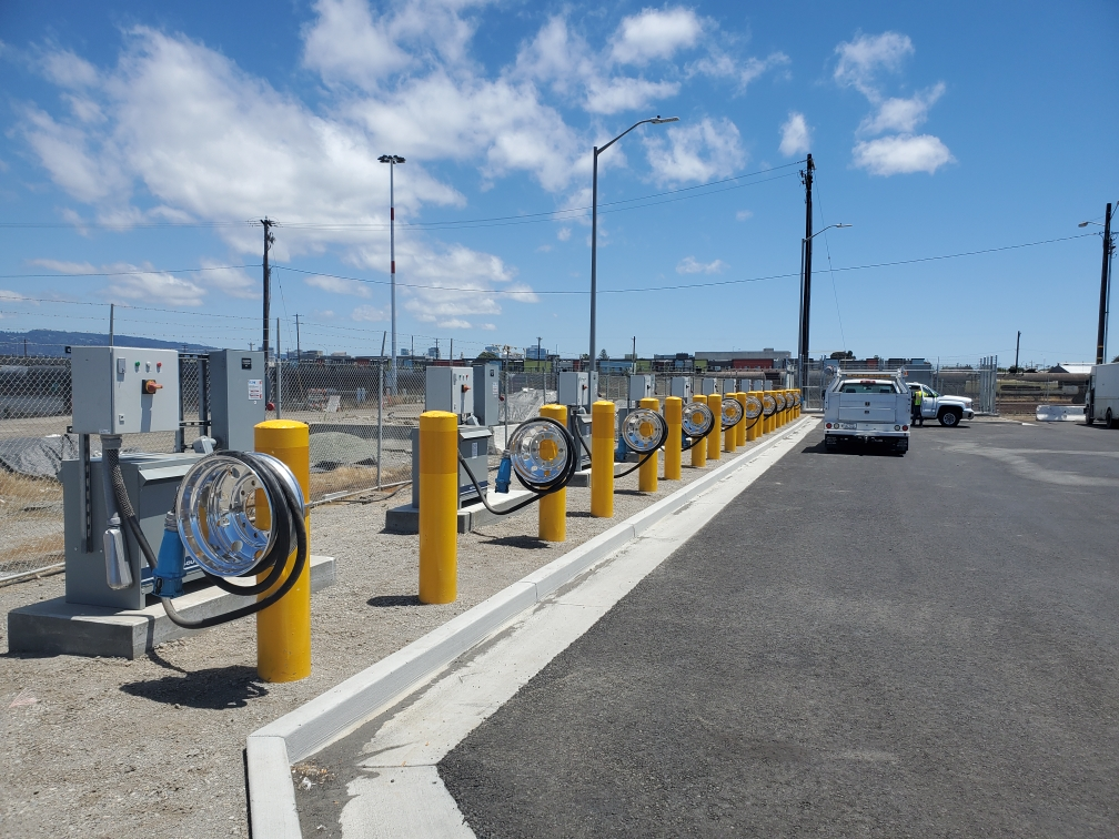 Port of Oakland launches electric vehicle project