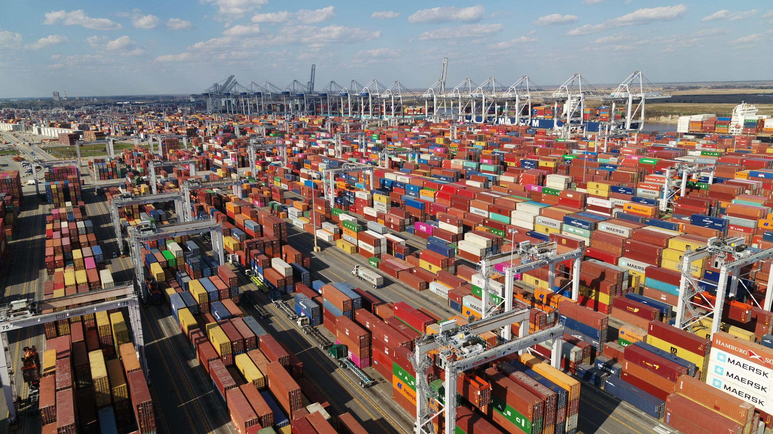 Port of Savannah breaks TEU record
