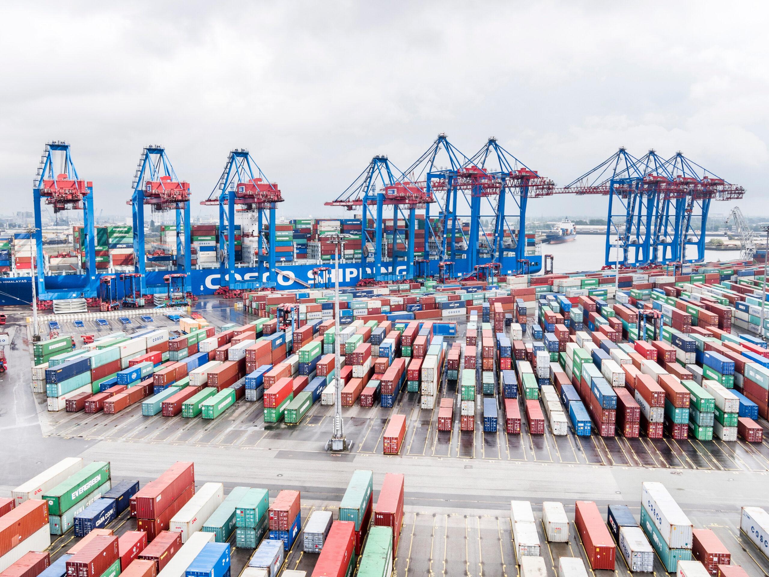 COSCO 35% share in Container Terminal Tollerort