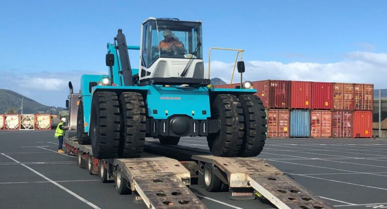 Container handlers arrive at Northport