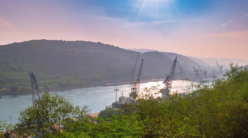 Gangavaram Port (GPL)