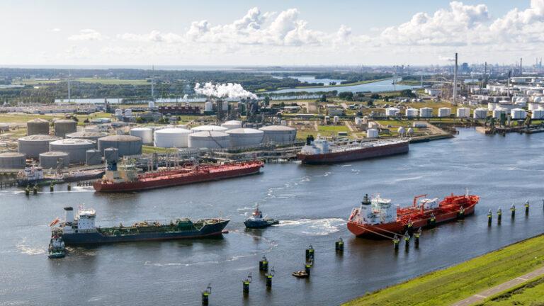 Port of Rotterdam smart mooring